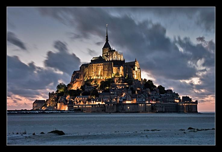 MONT SAİNT MİCHEL/http://chateaulepavillon.com/ sitesinden alınmıştır.