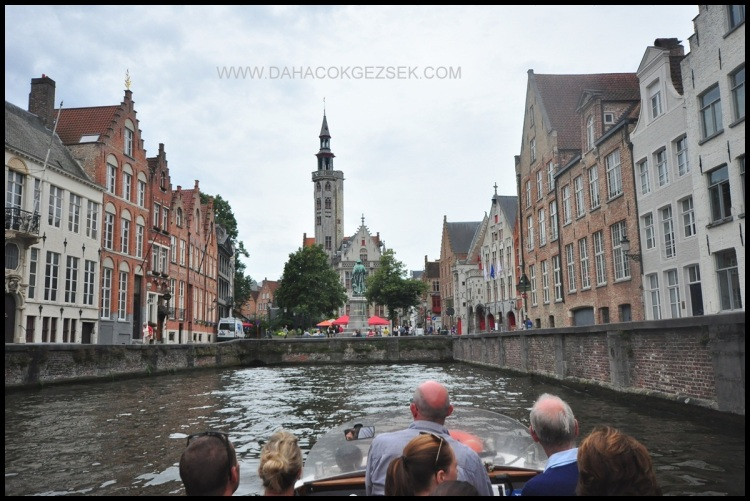 BRUGGE CANAL TOUR