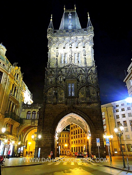 POWDER TOWER PRAG